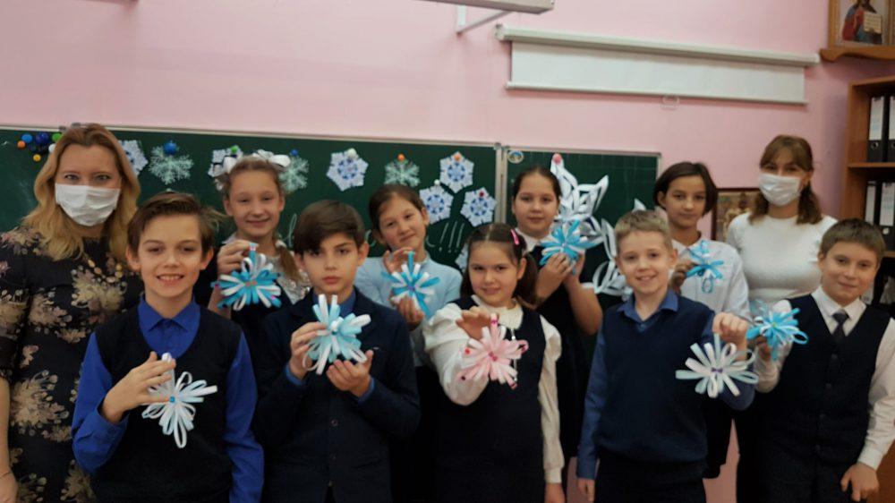 Мастер -класс «Снежинка»  (в рамках социального партнёрства с МБУК номер 4 им А.Белого )