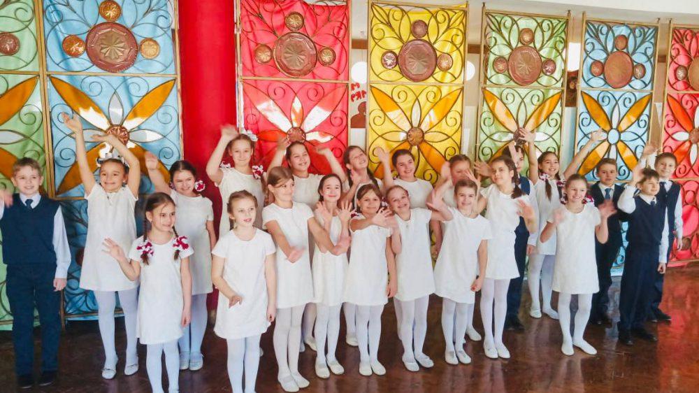 Младший хор «СВЕТ» принял участие в Международном конкурсе «Цветущая Россия»